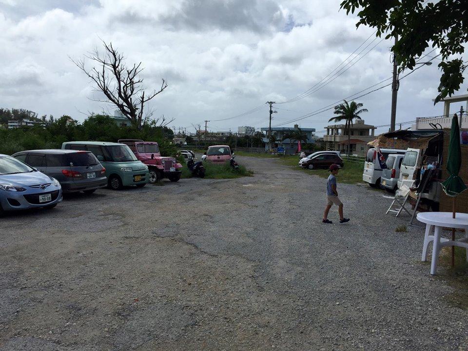 アイランドクラブ駐車場